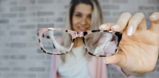 6 Things to Consider While Buying the Perfect Eyeglasses